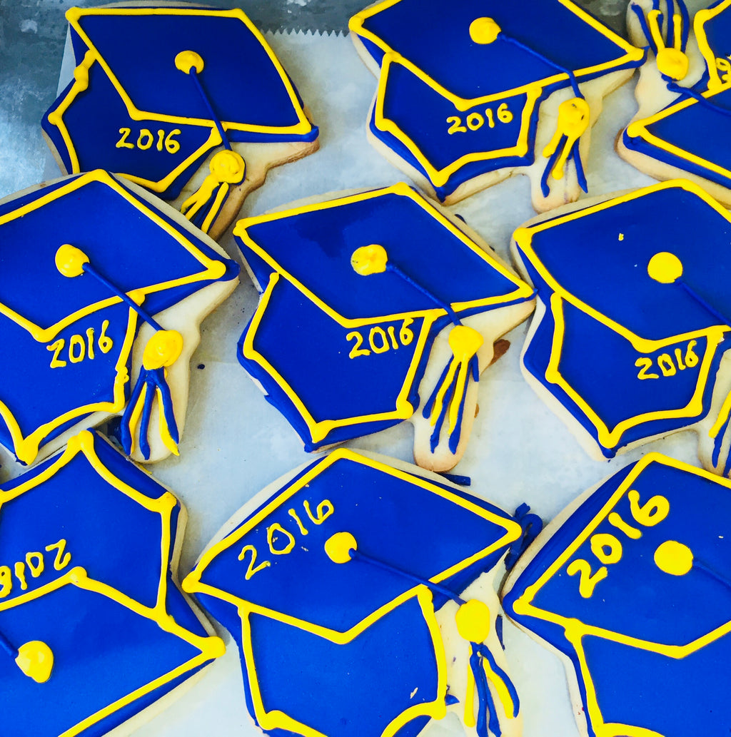 GRADUATION CAP COOKIES Customized with Year