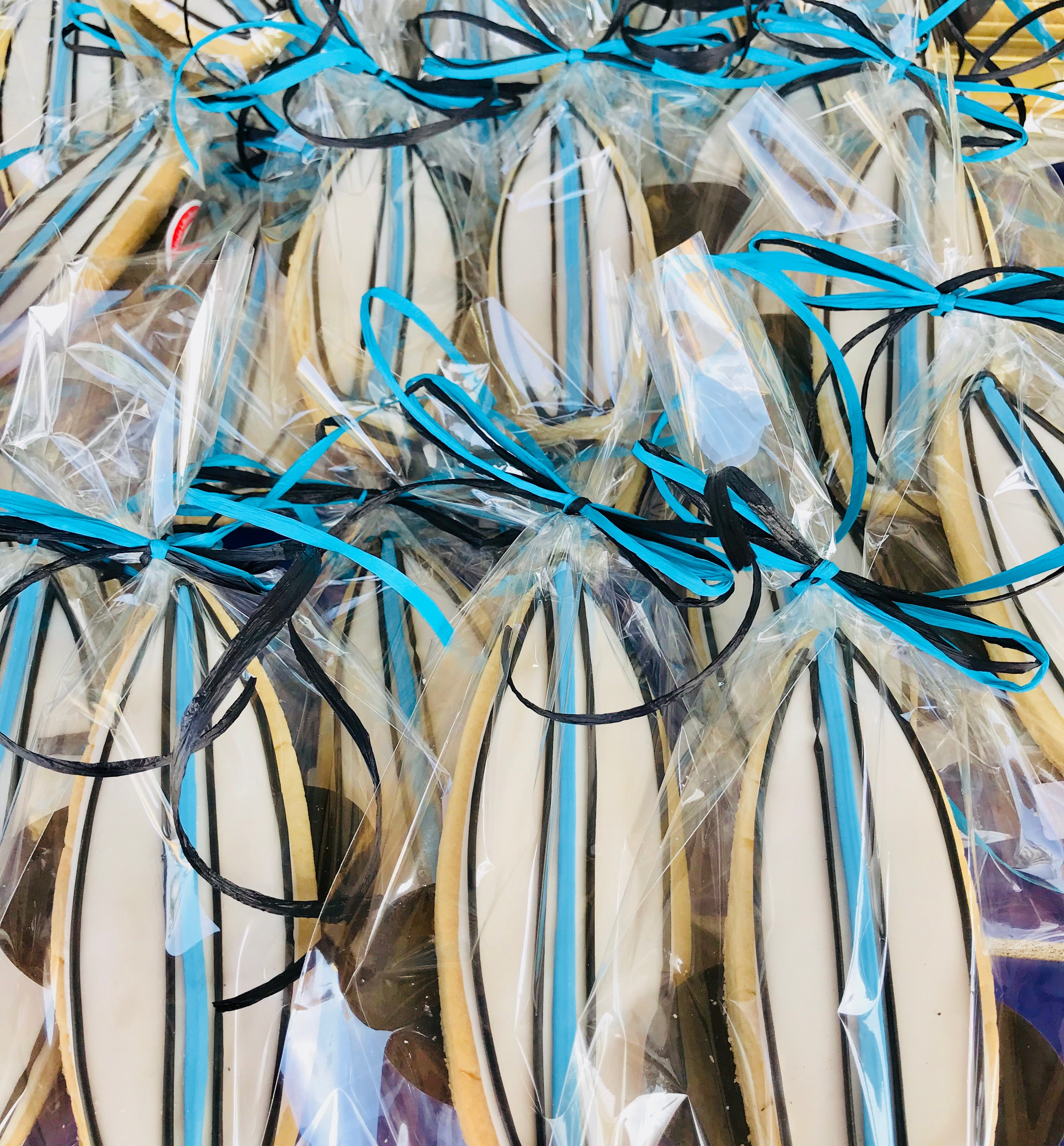 COOKIE FAVORS SPORTS/SURFBOARDS