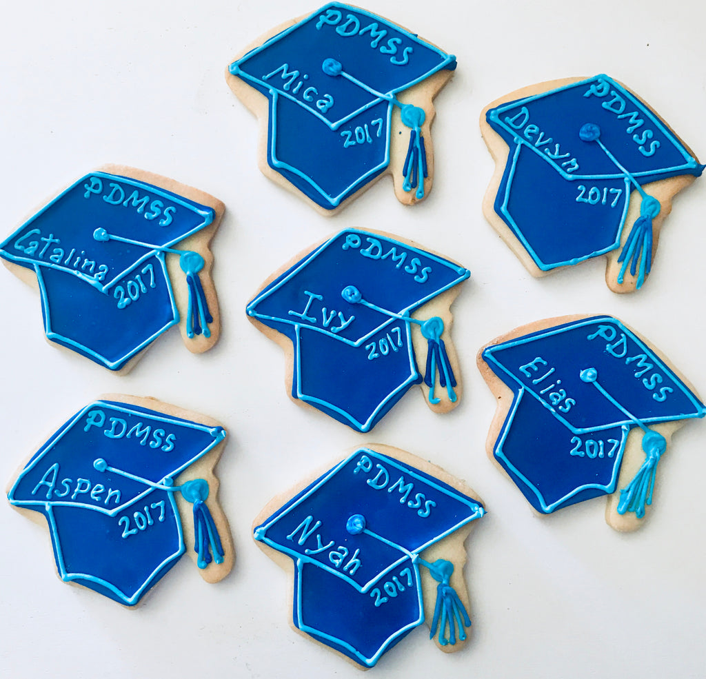 GRADUATION CAP COOKIES Customized with Name and 2018