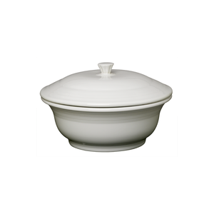 Fiesta Covered Casserole - USA Dinnerware Direct, Bakeware proudly made in the USA. Deep discounts of up to 70% off all Fiesta, tabletop and kitchen ware.