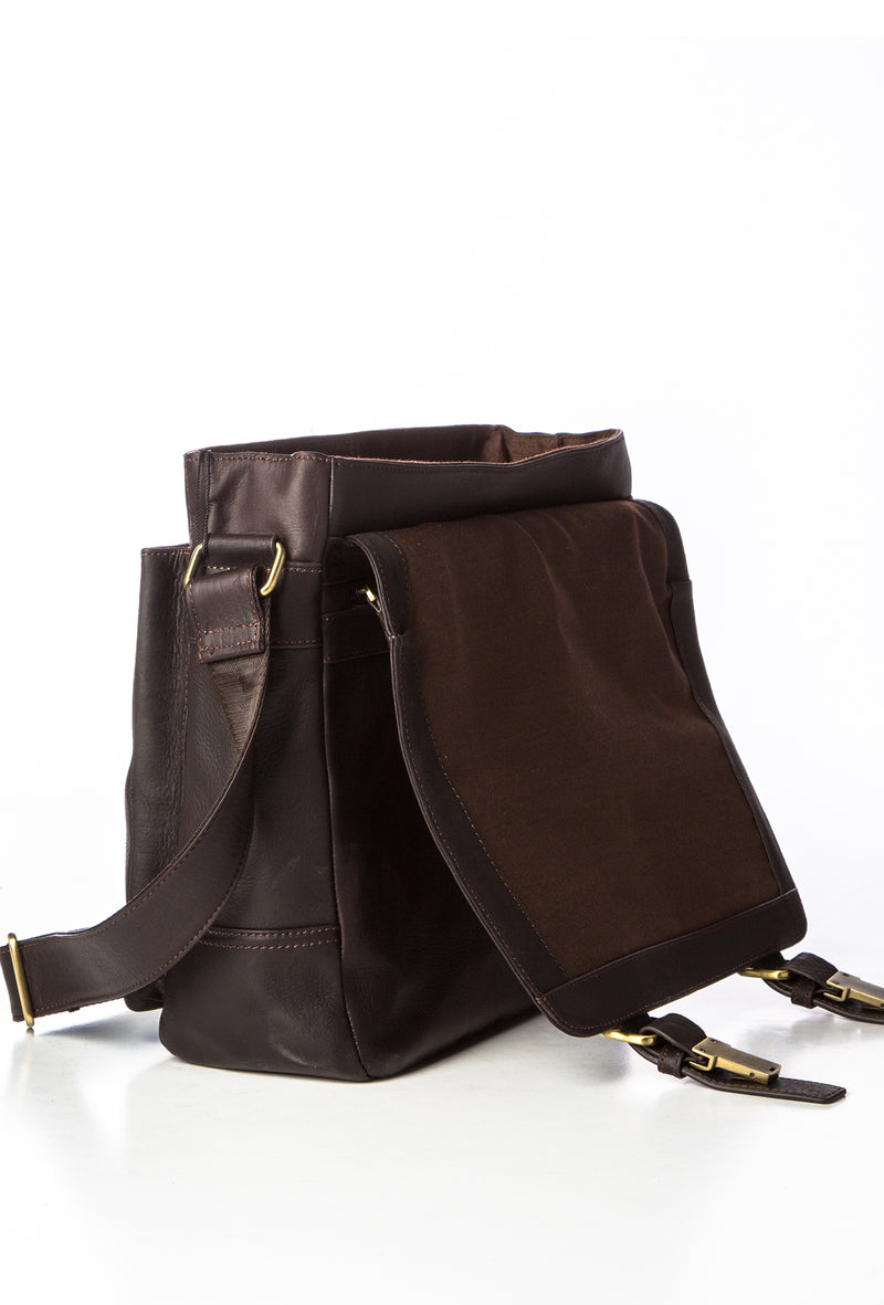 CIPRIANO - Rugged Leather Messenger - Brown