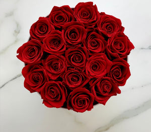 Classic big white box - red roses