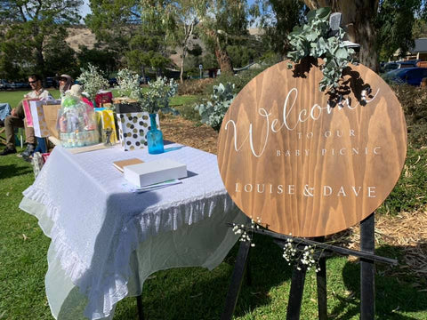 Silver Belle Design - Round Welcome Sign