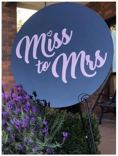 Round Acrylic Sign - Silver Belle Design