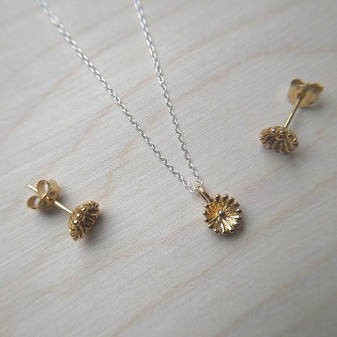 Detailed dainty flower necklace & matching stud earrings in gold plate on sterling silver - wood background