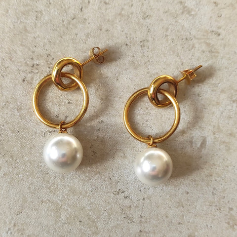 Layla double hoop pearl earrings