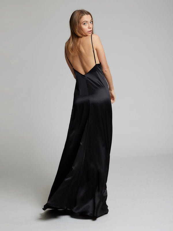 Salome silk dress in black