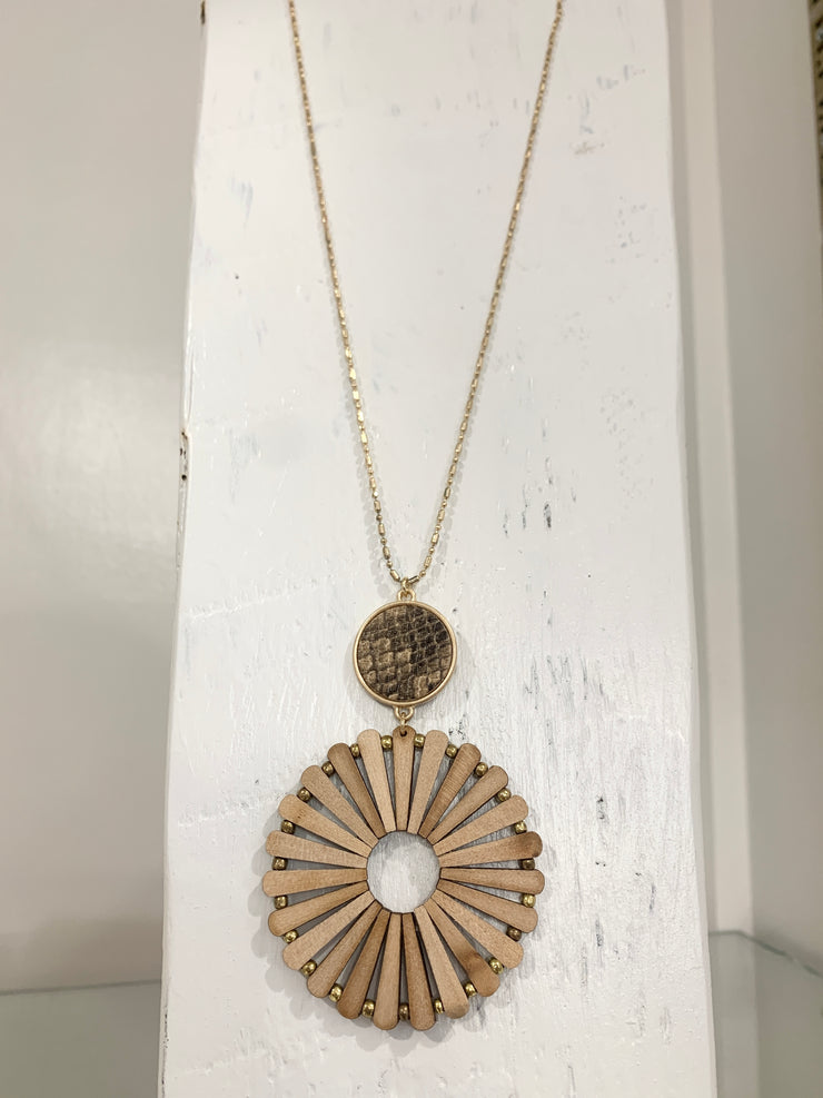 Wood Circle Necklace Light Brown Snake