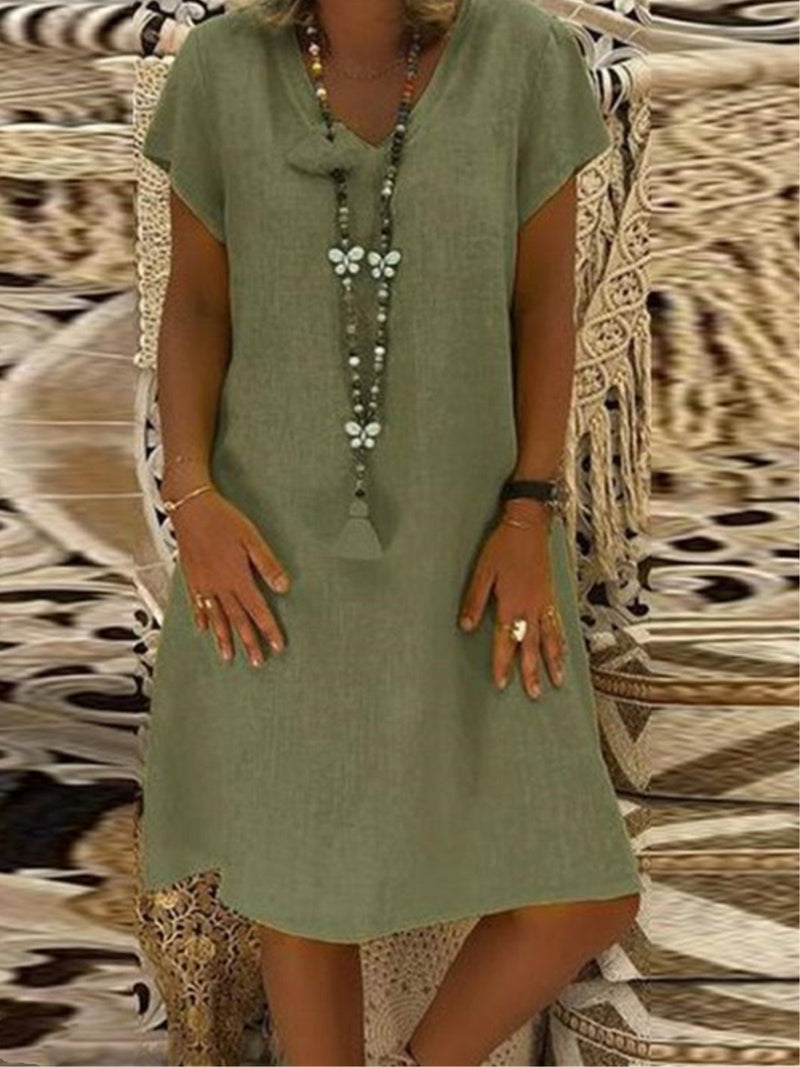 Casual Solid V-Neck Plus Size Short Sleeve Dress