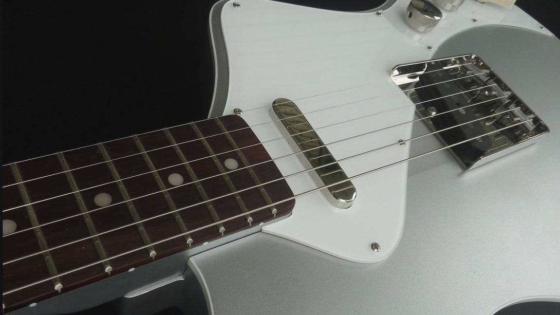 Eastwood Guitars Jeff Senn Model T Sonic Silver Closeup