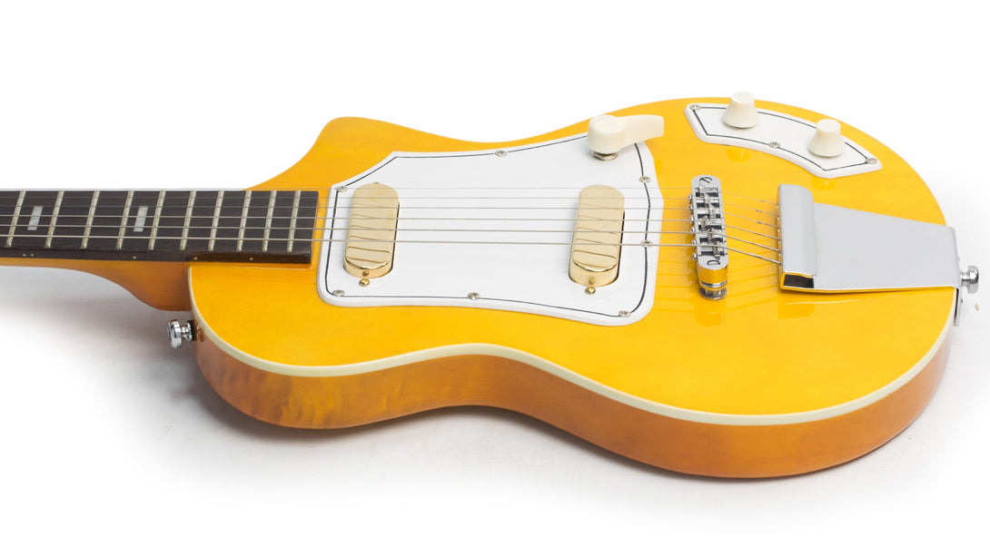 Eastwood Guitars LG50 Blonde Player POV