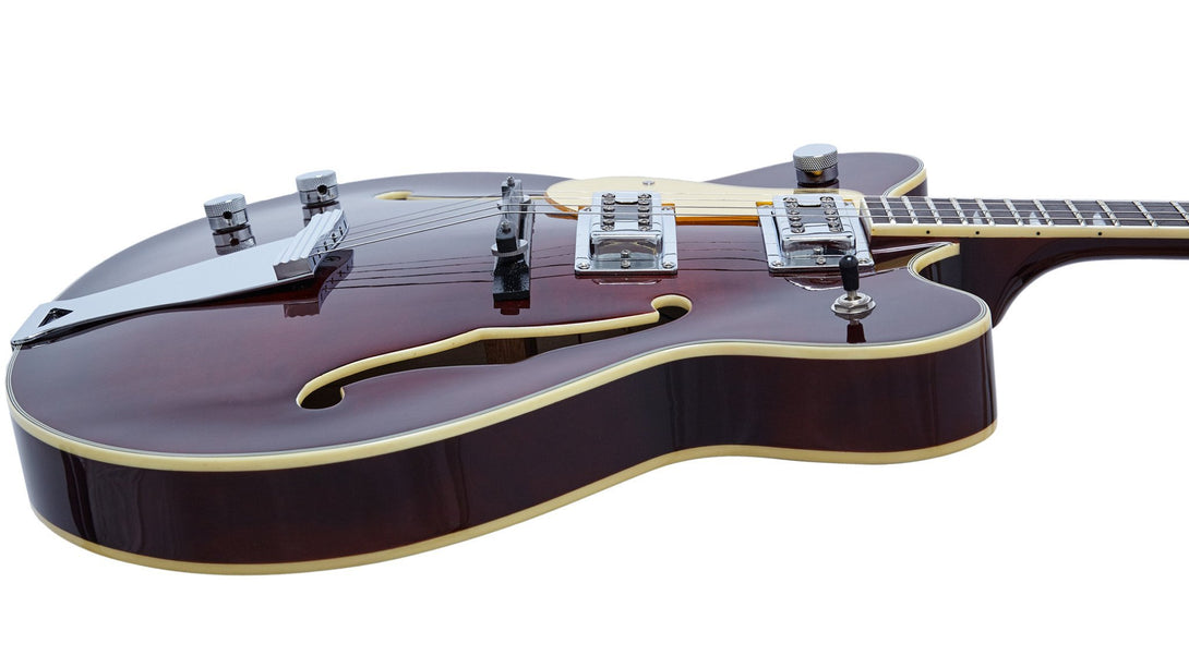 Eastwood Guitars Classic Tenor Walnut LH Player POV