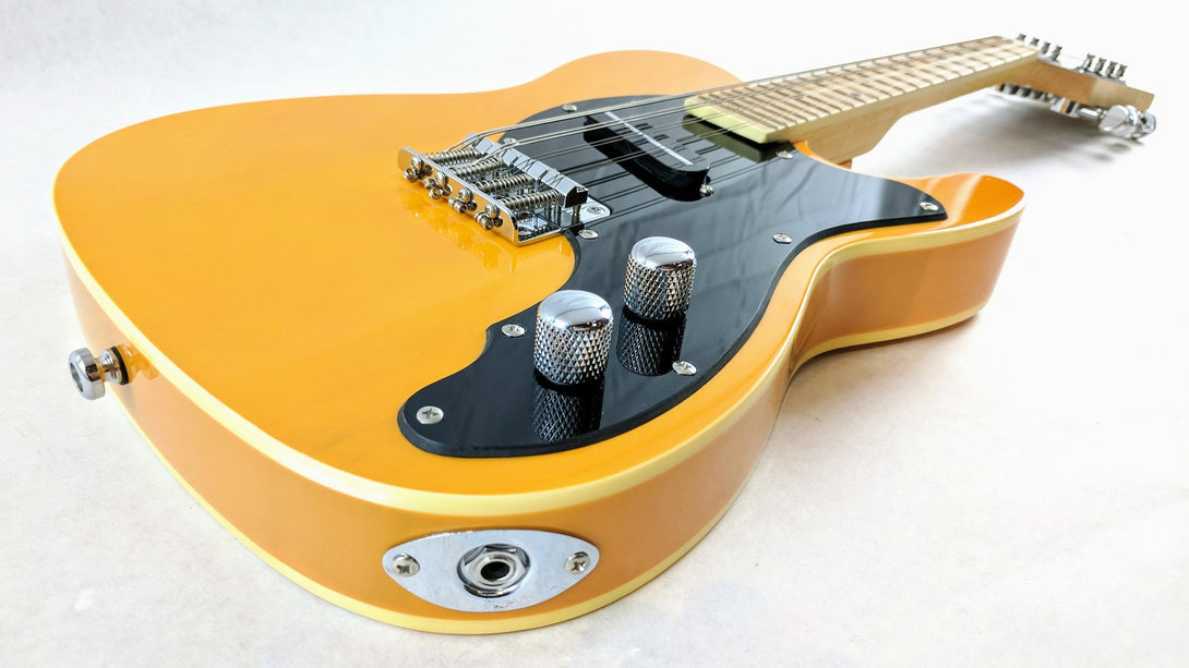 Eastwood Guitars Mandocaster 1P Butterscotch Player POV