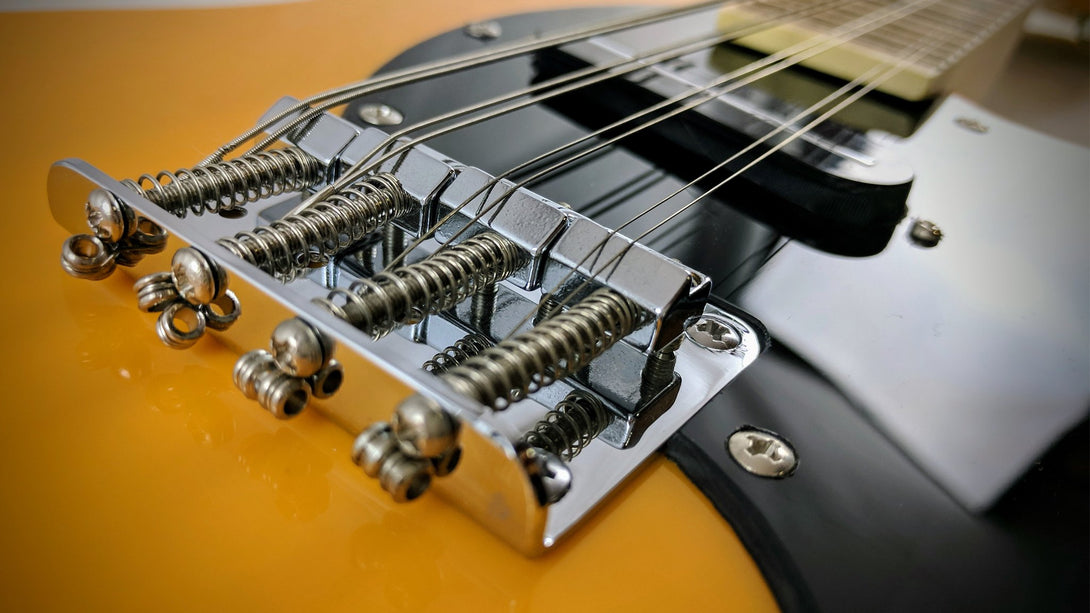 Eastwood Guitars Mandocaster 1P Butterscotch Closeup