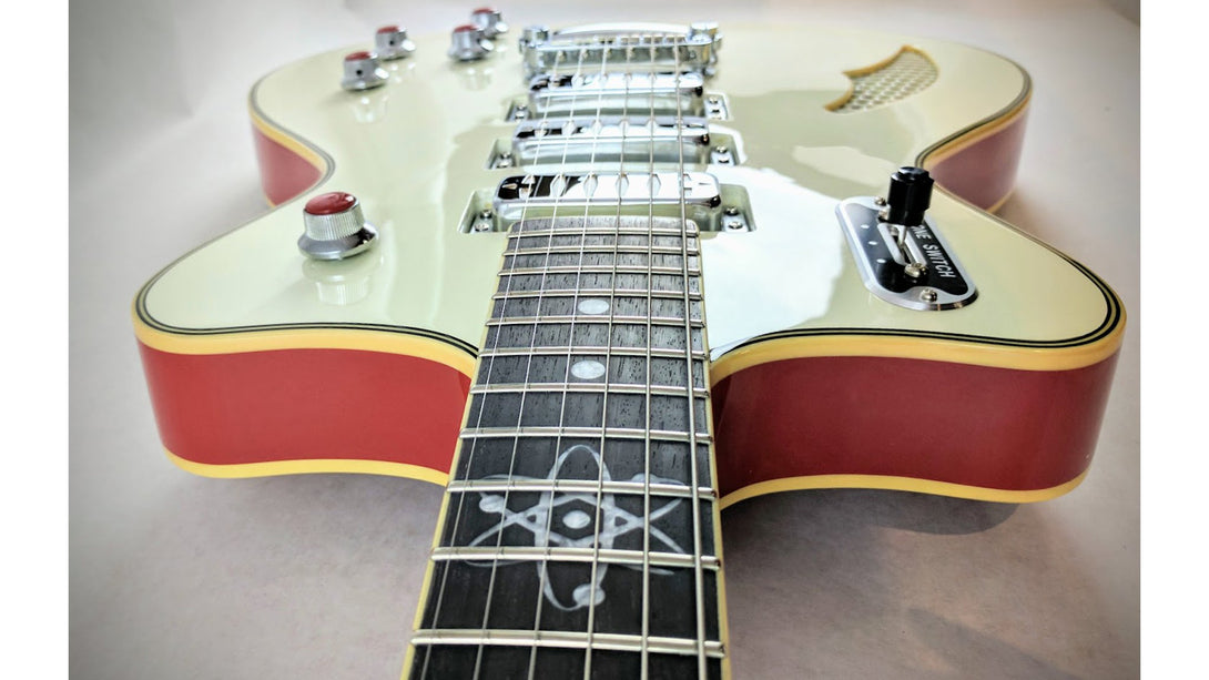Eastwood Guitars Bill Nelson Astroluxe Cadet Vintage Cream and Fiesta Red Player POV