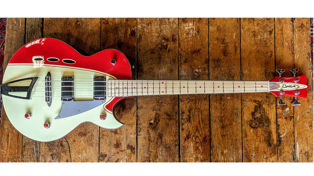 Eastwood Guitars Backlund Rockerbox Bass Red/Creme Angled