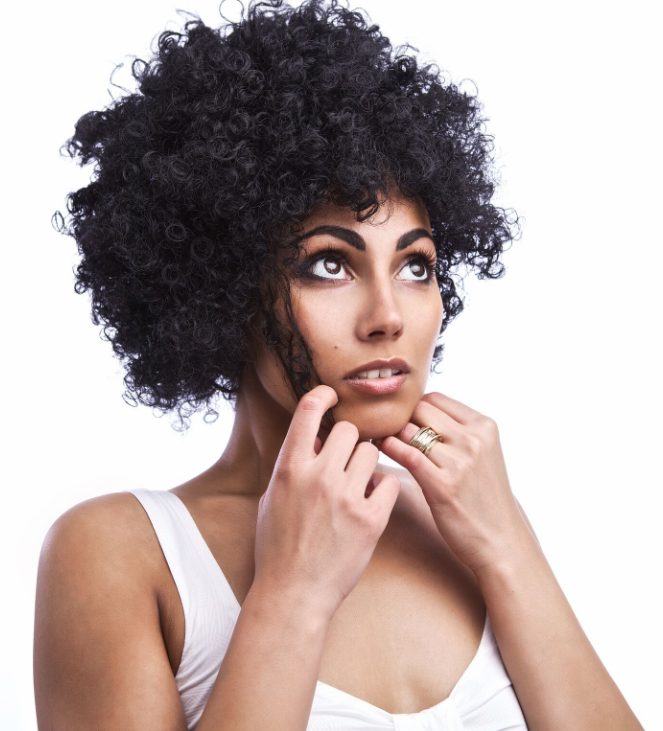 HOW TO AVOID YOUR HAIR BECOME TANGLE