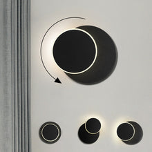 Leif Wall Lamp