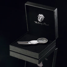 The Rolling Stones Golf Goods (Official Licks Logo) - Divot tool with Magnet Ball Marker - Antique Silver