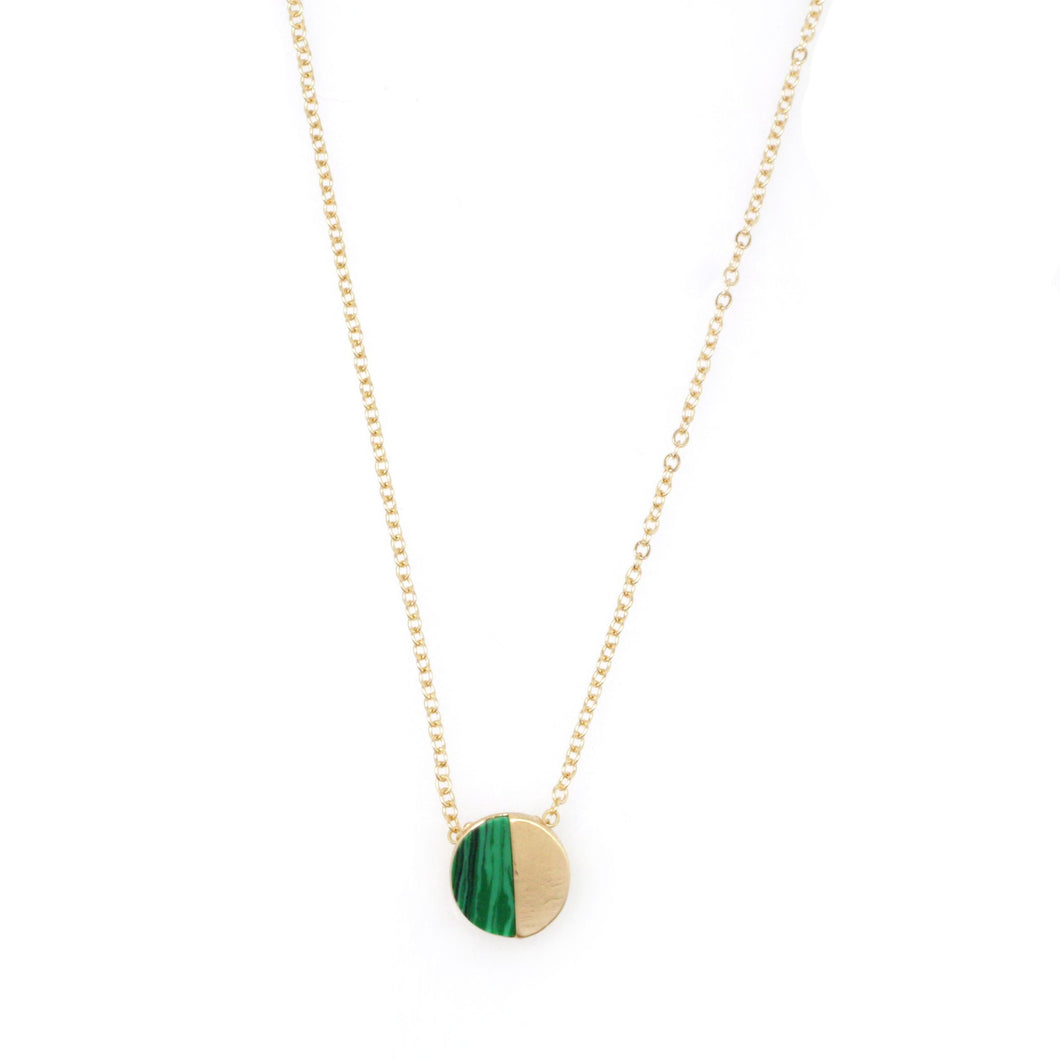 simplicity-disc-necklace-green