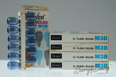 60 New in Box Norelco Vintage Flash Bulbs M3B Blue - BangyBang Tubes