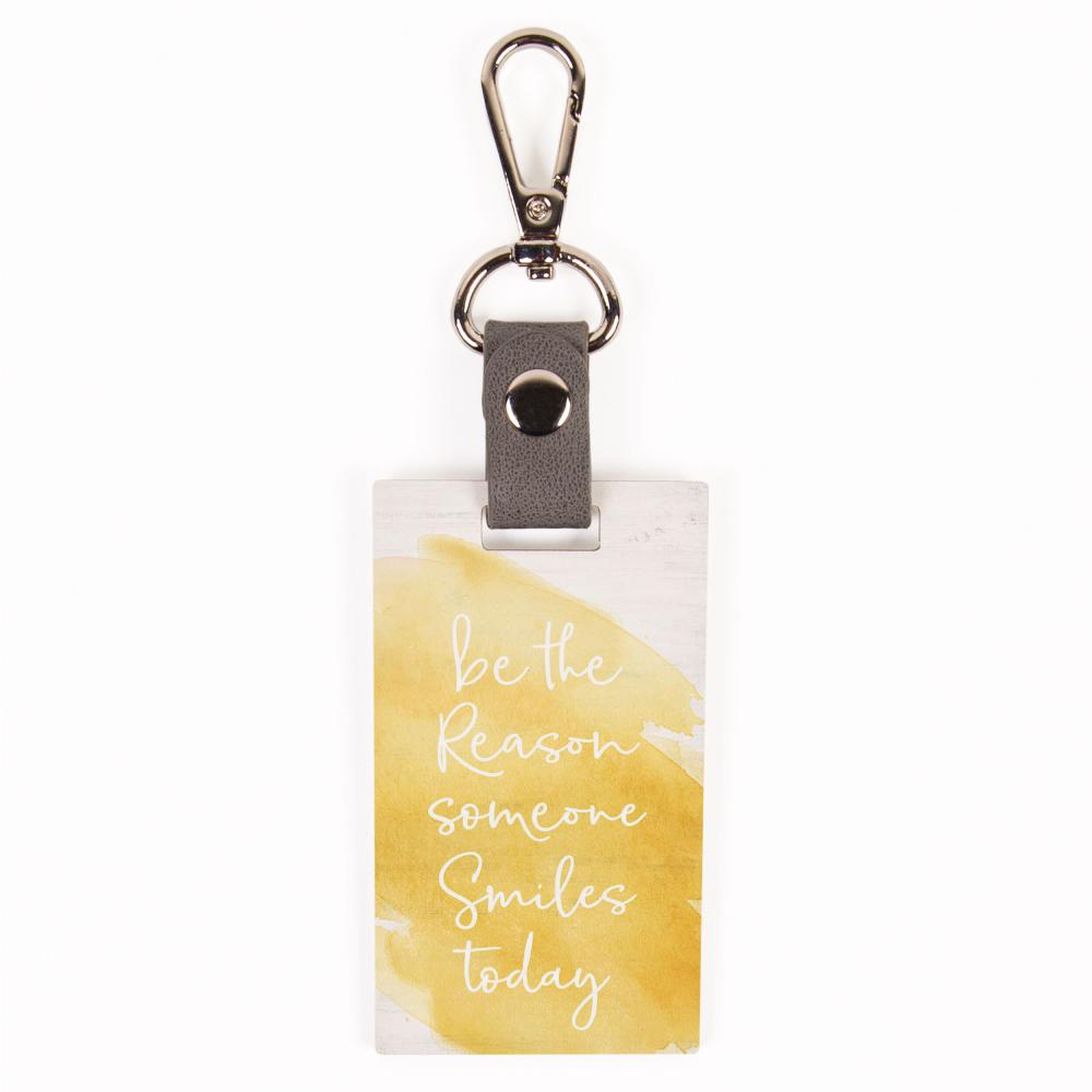 Be The Reason Someone Smiles Today Key Chain - HYGGE