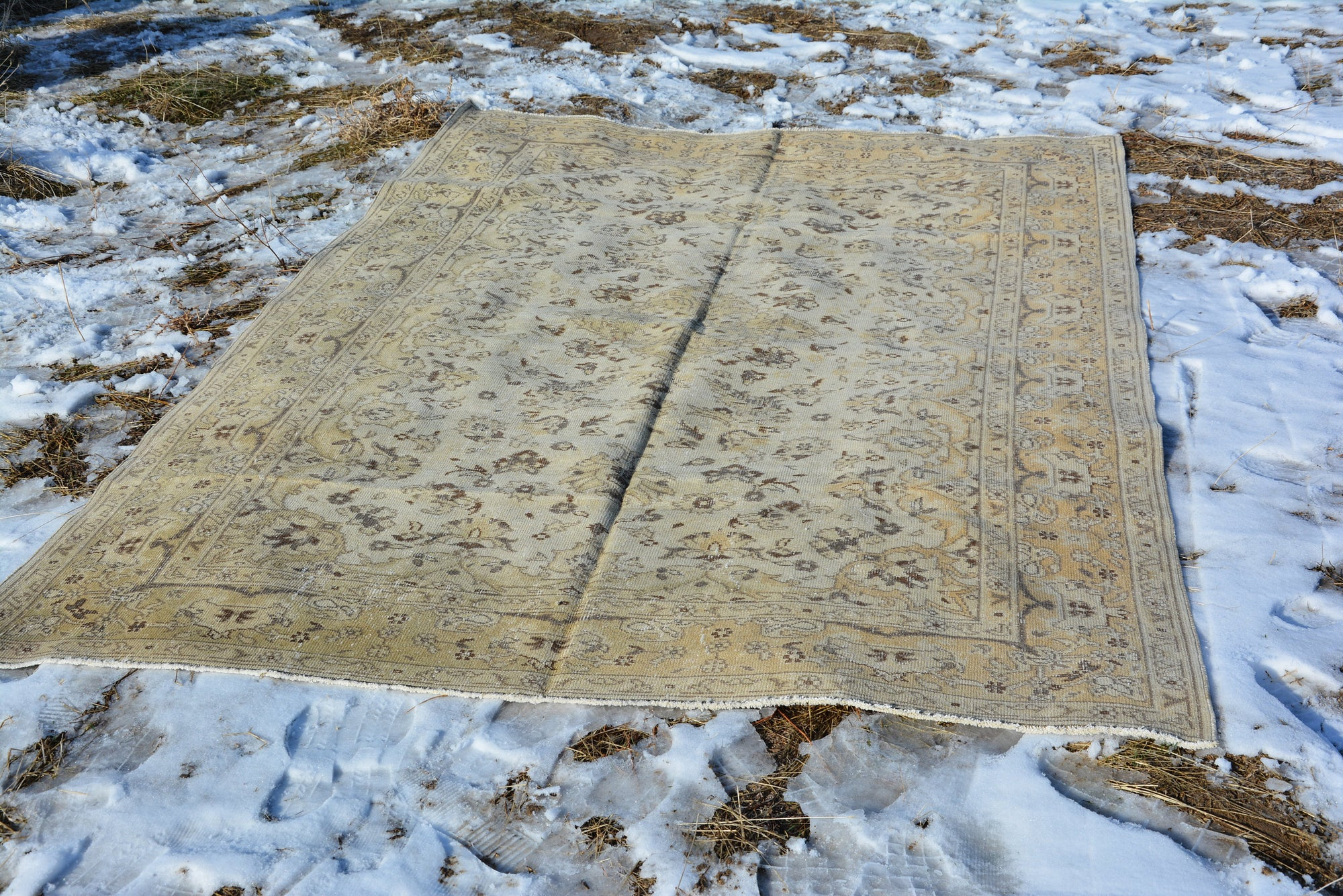 Vintage Salmon Rug, Pastel Turkish Rug, 6 by 10 Rug, Bath Rug, Oushak Rug Runner, Faded Old Rug, 6 x 9 Vintage Rugs,  9.5 x 6.1 Feet AG181