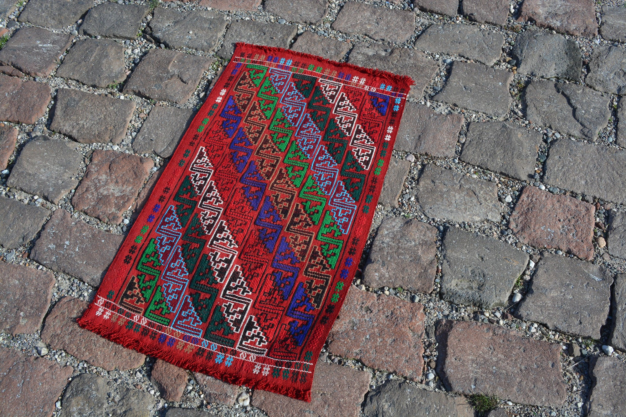 Turkish Kilim Rug, Geometric Handmade Turkish rugs,   Small  Oushak rug,  Vintage  Turkish carpet, Doormat Entry rug, 1.7x2.9 Feet AG553