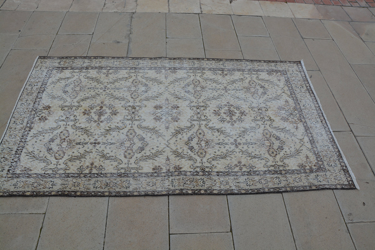 Vintage Turkish Rug, Eclectic Rug, Turkish Rug,  Burgundy Area Rug, Vintage Area Rugs, Beige and White Area Rugs,     3.6 x 6.5  Feet AG1052