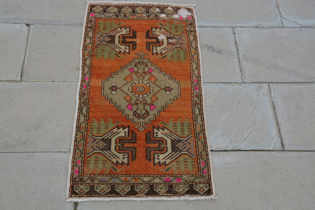 Turkish Rug,Entryway Rug,Turkish Small Rug, Turkish Low pile Rug, Small Turkish Rug, Floral Oushak Rug,           1.5 x 2.9 Feet AG1223