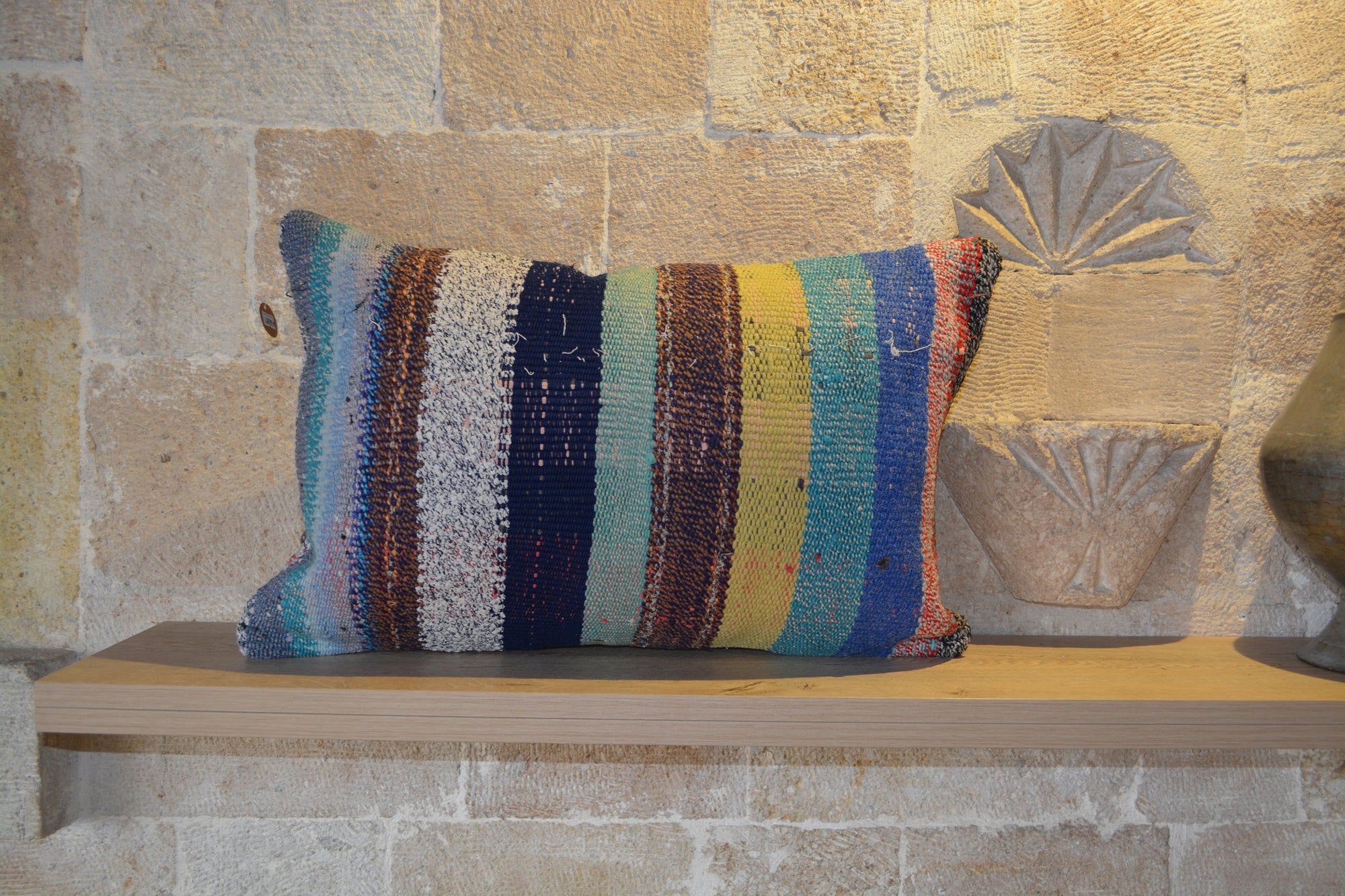 "Outdoor Pillows, Large Pillow Shamback Pillow, Kilim Pillow, Kilim Cushions Sale, Kilim Fabric, 40x60 Pillow,         16""x24"" - EA215"