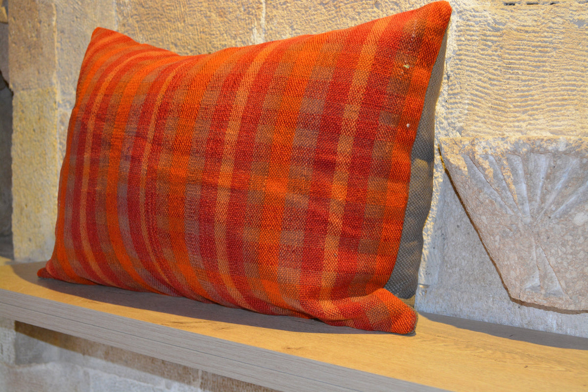 "Floor Cushion, Anatolian Cushion, Vintage Cushion, Floor Cushion, Kilim Cushion, Small Turkish Cushion,     16""x24"" - EA335"
