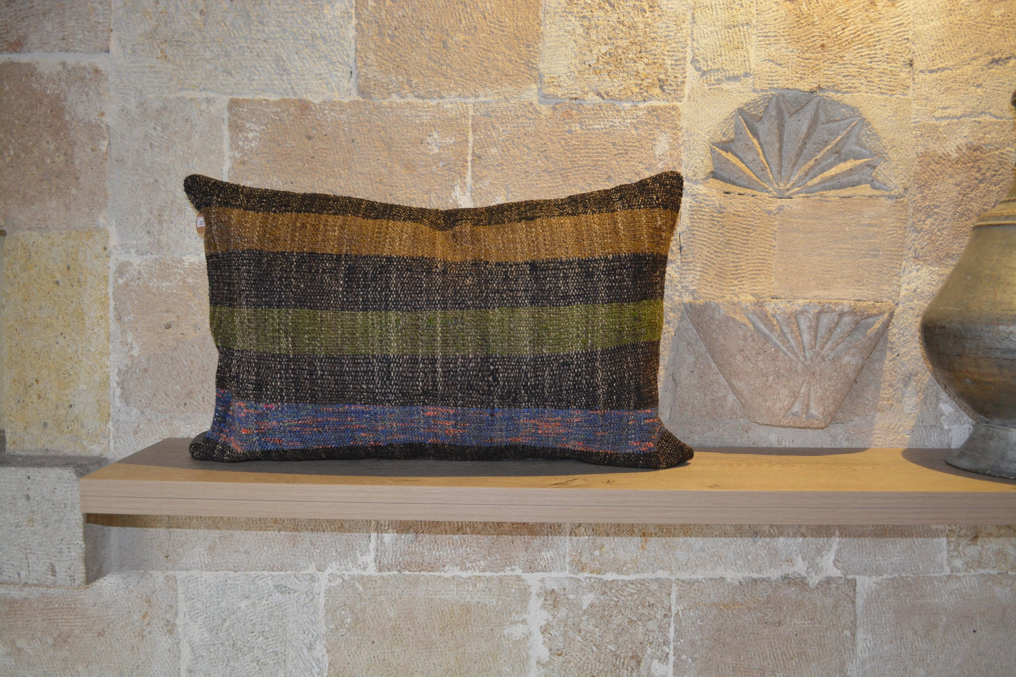 "Authentic Pillow, Kilim Pillow Case, 40 X 60 Kilim Pillow, Berber Pillow, Kelim Pillow Cover,          16""x24"" - EA216"