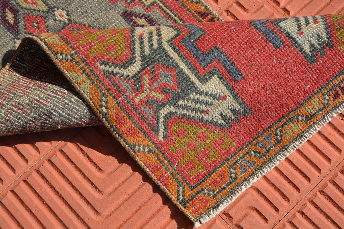 Turkish Rug,Vintage Small Rug, Small Rugs, Entry Rug, Turkey Rug Mat, Vintage Rug Mat, Vintage Rugs,               1.4 x 3.4 Feet AG1597