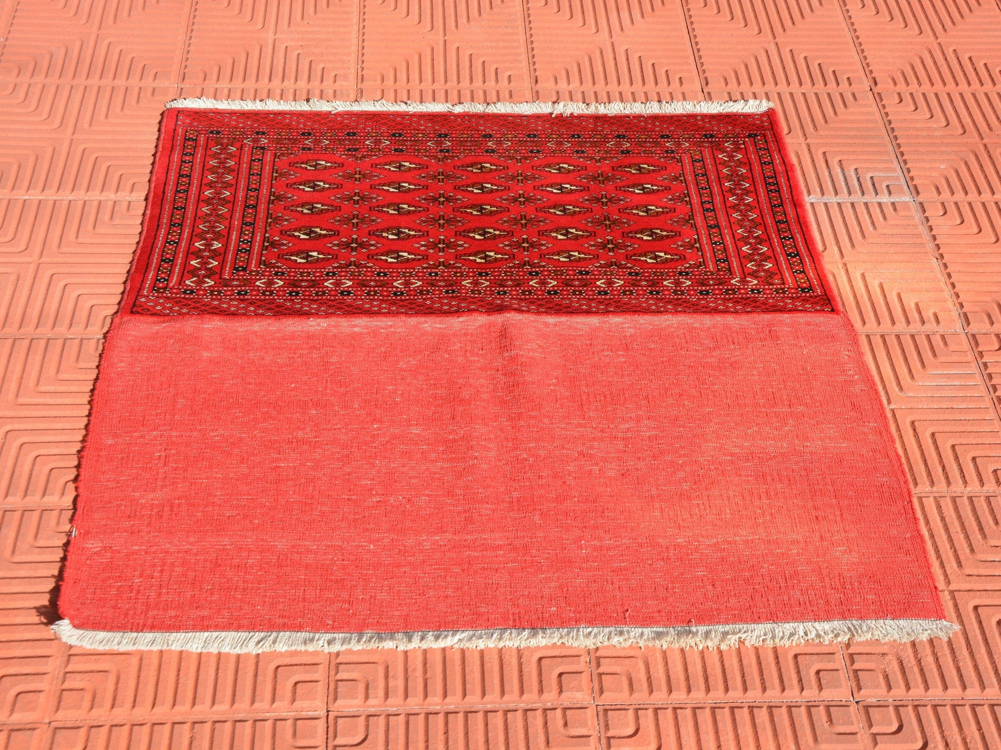 Red Square Rug, Small Wool Rug, Faded Turkish Rug, Hand Knotted Turkish Rug, Vintage Oriental Rug,Bath Rug,Turkey Rug, 3.2 x 3.2 Feet AG1652