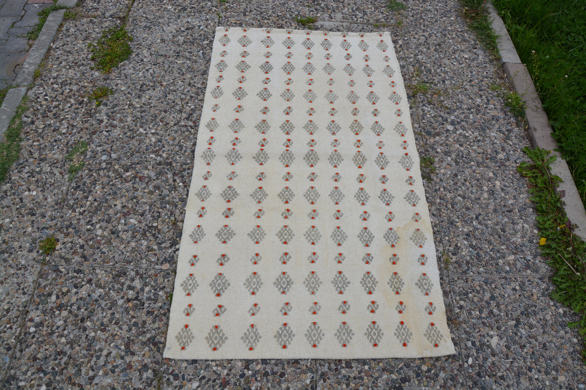 Chuval Entry Rug, Morrocan Rug, Vintage Area Rug, Turkish Rug, Kilim Rug, Oriental Rug, Turkish Rug, Antique Rug,      2.5 x 4.4 Feet LQ326
