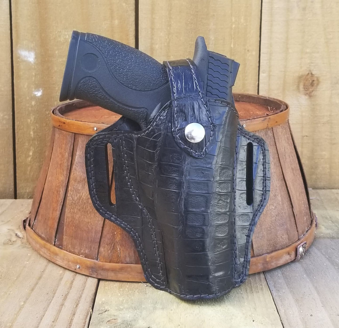 Black Caiman Belly Alligator Gun Holster