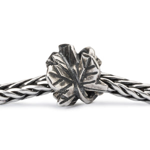 Trollbeads Ahornblätter | Maple Leaves Bead | NEW Autumn Collection 2018 | Herbst Kollektion 2018 | Artikelnummer: TAGBE-10198 | Hauptwerkstoff: Silber | Designer: Louise Rimpler