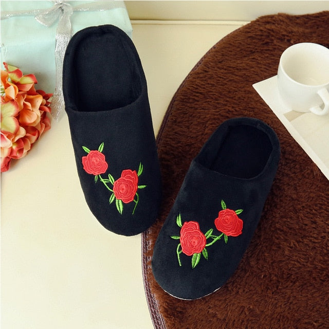 Slippers women Indoor Soft Coral Velvet Indoor Floor Slippers Calm Cotton Fluffy Slippers for Women Comfortable Shoes Hot sale