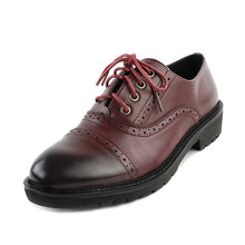 2017 Fashion Woman Spring Autumn Flat Oxford Shoes British Style Vintage Shoes Soft PU Leather Red Casual Retro Brogues