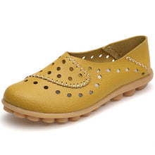 Women Moccasins Ladies Cut Out Comfort Shoes Flat Plus Size Loafers Genuine Leather Autumn Slip On Ladies Casual Handmade Sewing