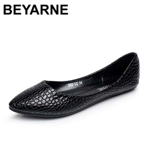 BEYARNE New vintage women flats casual tenis Mocassins nubuck leather flat shoes woman summer ballet flats sapatos femininos