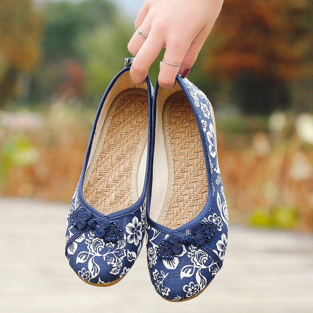 Women Vintage Flats Autumn Female Canvas Ethnic Chinese Knot Slip On Loafers Casual Comfort Shoes Ladies Embroidered
