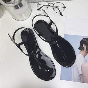 New Women T Strap Flat Ankle Buckle Thong Sandals Female Gladiator Flip Flops Summer Beach Casual Fashion Vintage Shoes Jelly