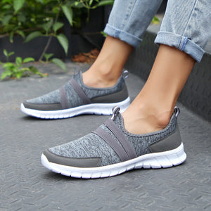 2019 Spring women sneakers shoes women Breathable Mesh shoes flats ladies slip on flats loafers shoes Plus size 41 42