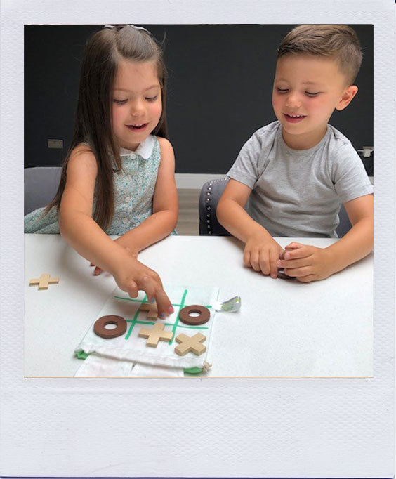 Isabelle and Archie Review the Le Tender Leaf Toys Tic Tac Toe Game