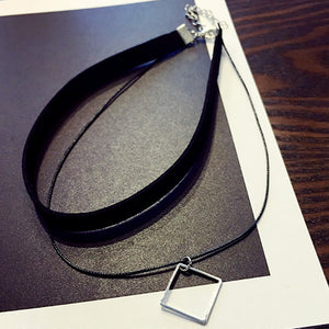 Inspired Minimal Necklace, Black