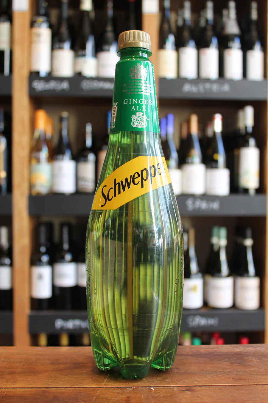 Schweppes dry ginger ale-Soft / Mixers-Seven Cellars