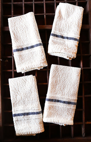 Set of 4 Navy-Stripe Cotton Serviettes