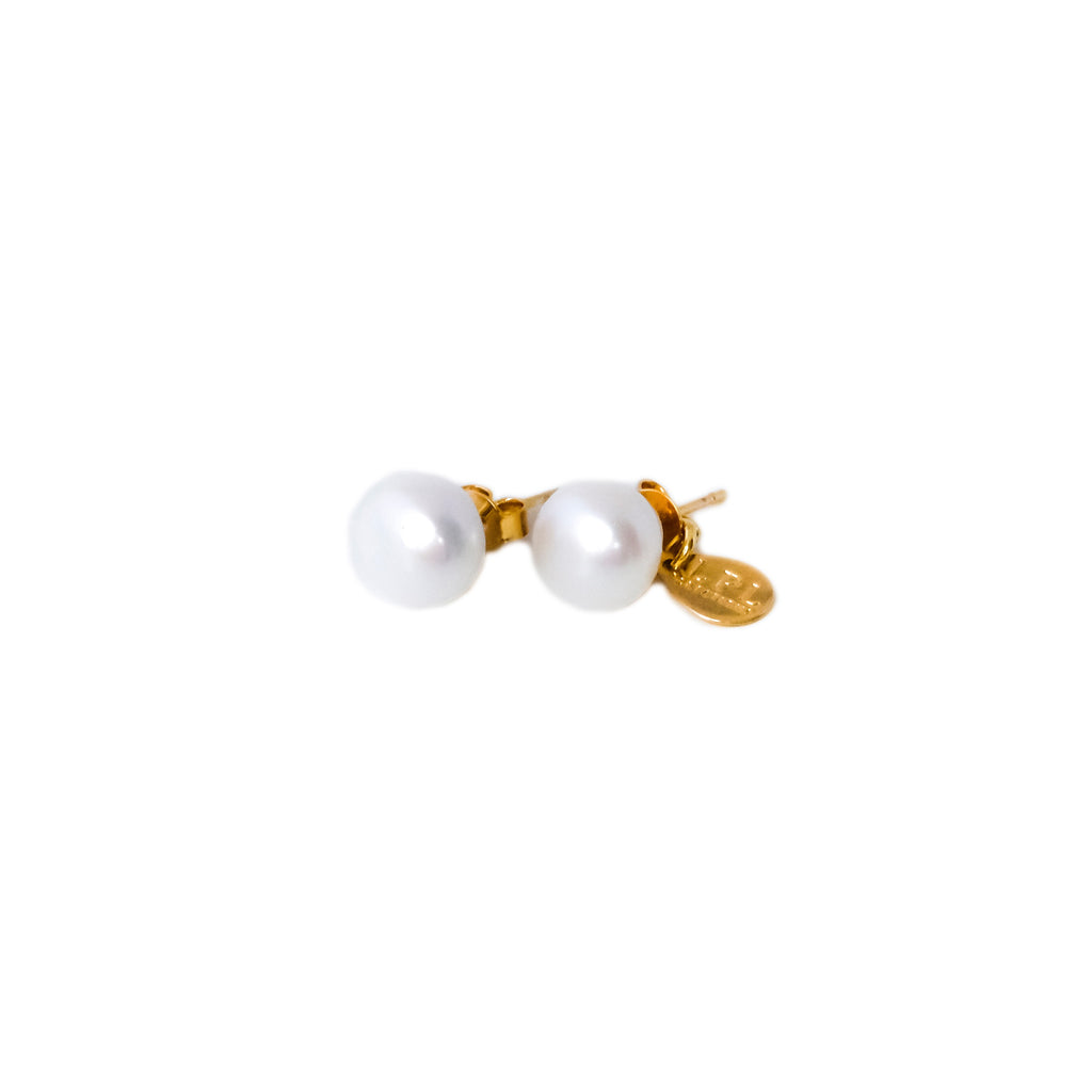 Classic Freshwater Pearl Earrings